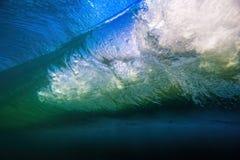 Μεγάλο βαρέλι κυμάτων υποβρύχιο Στοκ Εικόνες