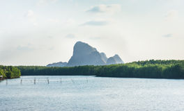 Μεγάλο βουνό ποταμών Στοκ φωτογραφία με δικαίωμα ελεύθερης χρήσης