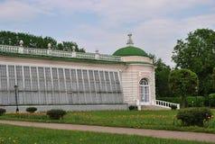 ` Μεγάλο θερμοκήπιο ` στο πάρκο Kuskovo, Μόσχα πετρών Στοκ Φωτογραφίες