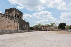 Μεγάλο δικαστήριο σφαιρών για το παιχνίδι ` pok-TA ` σε Chichen Itza, Μεξικό Στοκ Εικόνες