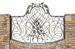 μεγάλο δικτυωτό πλέγμα σιδήρου πυλών φραγών τούβλου διακοσμητικό Στοκ Φωτογραφία