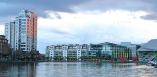 Μεγάλο κανάλι κέντρων της πόλης του Δουβλίνου Στοκ εικόνα με δικαίωμα ελεύθερης χρήσης