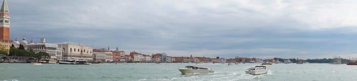 Μεγάλο κανάλι στη Βενετία Ιταλία, πανοραμική φωτογραφία Στοκ Εικόνες