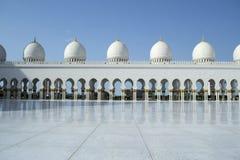 Μεγάλο μουσουλμανικό τέμενος, Αμπού Ντάμπι Στοκ φωτογραφία με δικαίωμα ελεύθερης χρήσης