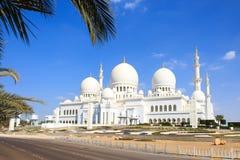 Μεγάλο μουσουλμανικό τέμενος Zayed δοχείων Στοκ Εικόνες