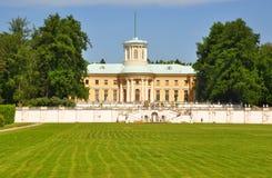 Μεγάλο παλάτι στο μουσείο κτημάτων Arkhangelskoye Ρωσία Στοκ Φωτογραφία
