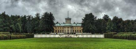 Μεγάλο παλάτι Arkhangelskoye Στοκ φωτογραφίες με δικαίωμα ελεύθερης χρήσης