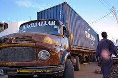 Μεγάλο παλαιό Benz φορτηγό Κένυα Στοκ φωτογραφίες με δικαίωμα ελεύθερης χρήσης