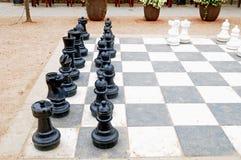 Μεγάλο σύνολο σκακιού patio Στοκ Φωτογραφίες