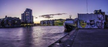 Μεγάλο τετράγωνο καναλιών, Δουβλίνο Στοκ φωτογραφία με δικαίωμα ελεύθερης χρήσης