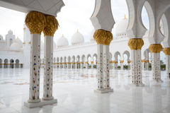 Μεγάλο τετράγωνο μουσουλμανικών τεμενών, Αμπού Ντάμπι, Ε.Α.Ε. Στοκ φωτογραφία με δικαίωμα ελεύθερης χρήσης