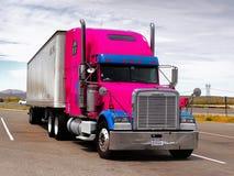 Μεγάλο φορτηγό Freightliner, Νεβάδα στοκ φωτογραφία με δικαίωμα ελεύθερης χρήσης