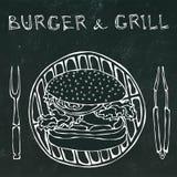 Μεγάλο χάμπουργκερ ή Cheeseburger με BBQ τη σχάρα, τις λαβίδες και το δίκρανο για τη σχάρα Burger εγγραφή απομονωμένος στο Μαύρο απεικόνιση αποθεμάτων