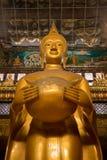 μεγάλο χρυσό άγαλμα του &Bet Στοκ φωτογραφίες με δικαίωμα ελεύθερης χρήσης