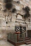 Μεγάλο menorah Στοκ εικόνες με δικαίωμα ελεύθερης χρήσης