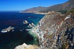 Μεγάλο Sur στο Central Coast κοντά σε Monterey Στοκ Φωτογραφία