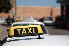 Μεγάλο Taxis στο Μαρόκο στοκ εικόνες