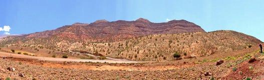 Μεγαλοπρεπές πανόραμα των βουνών ατλάντων στο Μαρόκο στοκ φωτογραφία με δικαίωμα ελεύθερης χρήσης