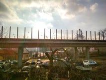 Μεγαλοπρεπής άποψη δρόμος-γεφυρών againt ο ήλιος Στοκ φωτογραφίες με δικαίωμα ελεύθερης χρήσης