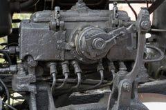 Μεγαλύτερες λεπτομέρειες στην παλαιά ατμομηχανή ατμού Βαριά μέρη σιδήρου Ατμομηχανή στα μέρη Κινηματογράφηση σε πρώτο πλάνο στοκ εικόνες με δικαίωμα ελεύθερης χρήσης