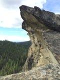 Μεγαλοπρεπής απότομος βράχος στοκ εικόνα