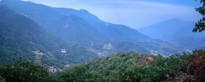 μεγαλοπρεπή βουνά στοκ εικόνες