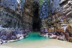 Μεγαλοπρεπείς σπηλιές καθεδρικών ναών, Catlins, Νέα Ζηλανδία Στοκ φωτογραφία με δικαίωμα ελεύθερης χρήσης