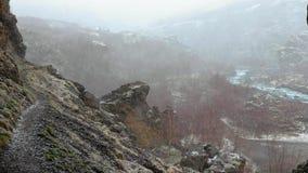 Μειωμένο χιόνι σε μια κοιλάδα απόθεμα βίντεο