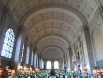 Μειώνει την αίθουσα, δημόσια βιβλιοθήκη της Βοστώνης, Βοστώνη, Μασαχουσέτη, ΗΠΑ Στοκ φωτογραφία με δικαίωμα ελεύθερης χρήσης
