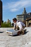Μελισσοκόμος κοντά σε NYC Δημαρχείο Στοκ Εικόνα