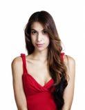 Μεμβρανοειδές σχίσιμο κόκκινων κορυφών γυναικών του Λατίνα πορτρέτου Στοκ φωτογραφία με δικαίωμα ελεύθερης χρήσης