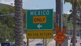 Μεξικάνικα σύνορα στο SAN Ysidro Καλιφόρνια - ΚΑΛΙΦΌΡΝΙΑ, ΗΠΑ - 18 ΜΑΡΤΊΟΥ 2019 απόθεμα βίντεο