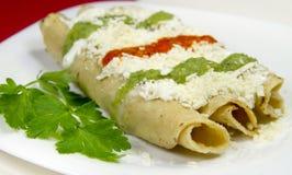 μεξικάνικα tacos dorados πιάτων Στοκ Εικόνες