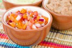 Μεξικάνικες εμβυθίσεις & δευτερεύοντα πιάτα Στοκ εικόνα με δικαίωμα ελεύθερης χρήσης