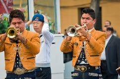 Μεξικάνικη μουσική παιχνιδιού ζωνών Mariachi Στοκ Εικόνες