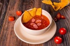 Μεξικάνικη σούπα στο ντεκόρ Στοκ Φωτογραφίες