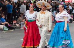 Μεξικάνικοι χορευτές - περιθώριο 2017 της Αδελαΐδα στοκ φωτογραφία