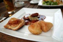 μερίδα τροφίμων Στοκ εικόνες με δικαίωμα ελεύθερης χρήσης