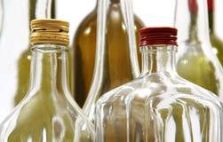 Μπουκάλια για το κρασί και τα αλκοολούχα ποτά. Στοκ φωτογραφία με δικαίωμα ελεύθερης χρήσης