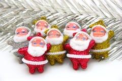 Μερικές κούκλες Άγιου Βασίλη είναι από κοινού Στοκ εικόνα με δικαίωμα ελεύθερης χρήσης