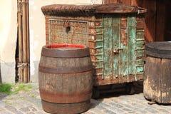 Μεσαιωνικά κιβώτιο και βαρέλι Στοκ Εικόνα