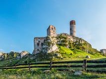Μεσαιωνικές καταστροφές κάστρων σε Olsztyn κοντά σε Czestochowa Στοκ Εικόνες