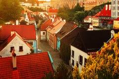 Μεσαιωνικές κυματοειδείς οδοί ρομαντικού Cesky Krumlov, η περιοχή της ΟΥΝΕΣΚΟ Στοκ Φωτογραφίες