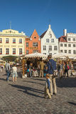 Μεσαιωνική αγορά στην παλαιά πλατεία της πόλης του Ταλίν, Εσθονία Στοκ φωτογραφία με δικαίωμα ελεύθερης χρήσης