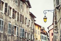 Μεσαιωνική αρχιτεκτονική στο Annecy, Γαλλία Στοκ φωτογραφία με δικαίωμα ελεύθερης χρήσης