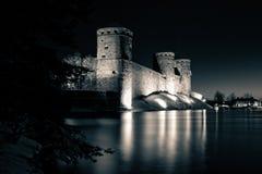 Μεσαιωνική διάσπαση-τονισμένη Olavinlinna φωτογραφία κάστρων Στοκ Φωτογραφίες