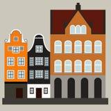 Μεσαιωνική οδός με τα σπίτια δέντρων Στοκ εικόνες με δικαίωμα ελεύθερης χρήσης