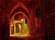 Μεσαιωνική οδός τη νύχτα στο Sibiu Στοκ Εικόνες