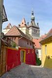 Μεσαιωνική οδός Sighisoara, Ρουμανία Στοκ Εικόνα