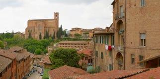 μεσαιωνική πόλη της Ιταλί&alpha στοκ φωτογραφία με δικαίωμα ελεύθερης χρήσης